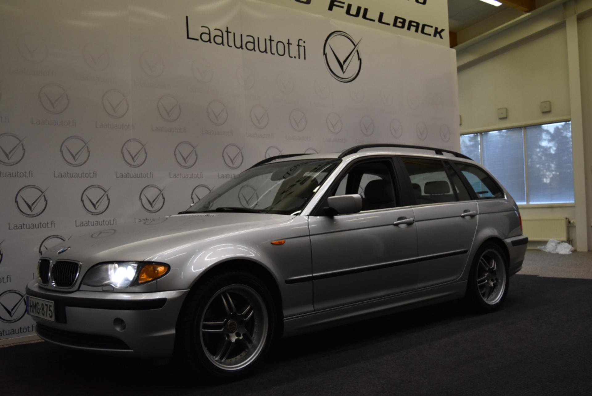 BMW 320 iA touring - Rahoitus jopa ilman käsirahaa! Auto Ac,  Kattoluukku,  Lohkolä+sisäpist!