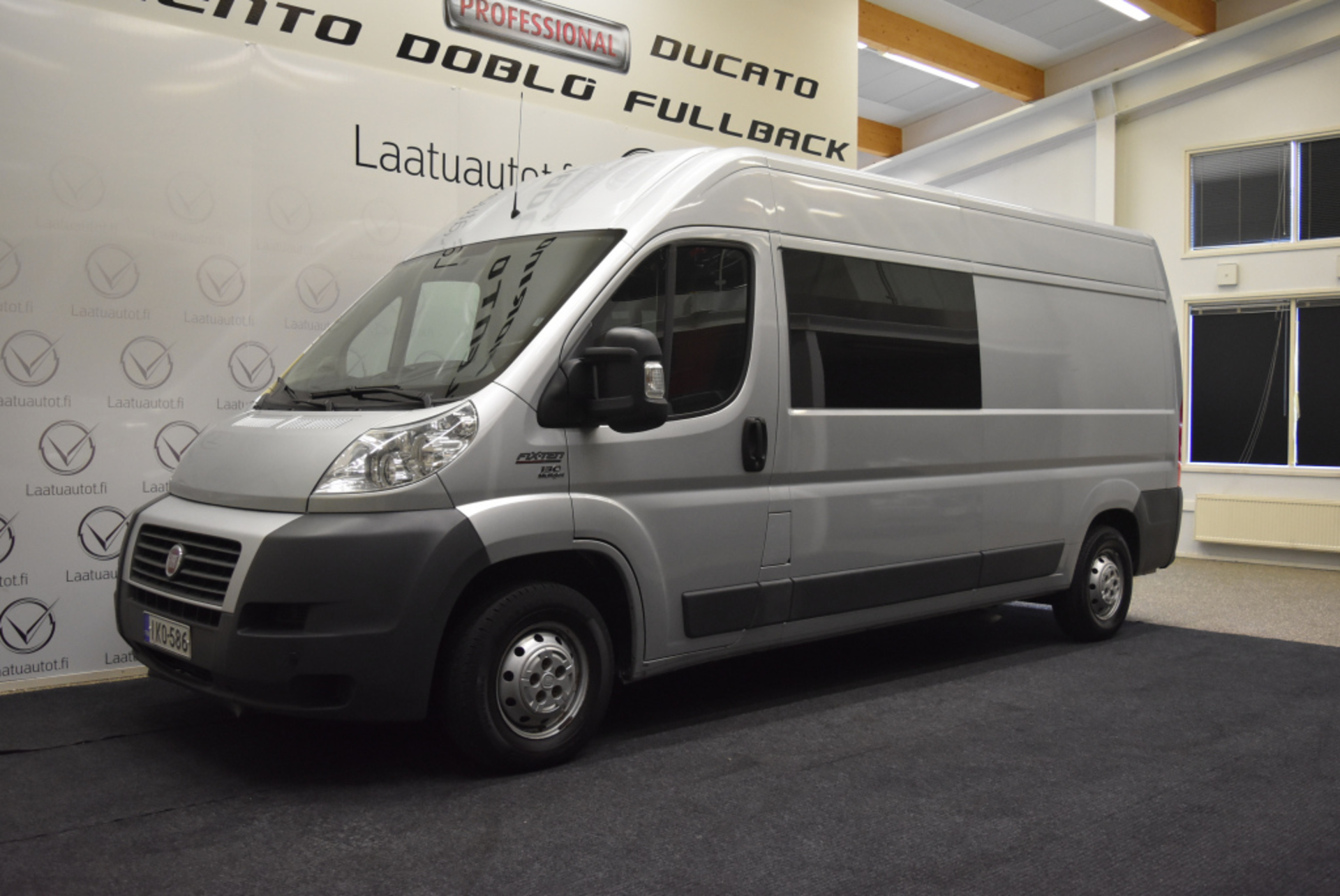 FIAT DUCATO 2.3 Multijet L3H2 Fixten - Hieno 7-hengen Fixten retkeilyauto,  Alv-vähennyskelpoinen,  Rahoitus jopa ilman käsirahaa