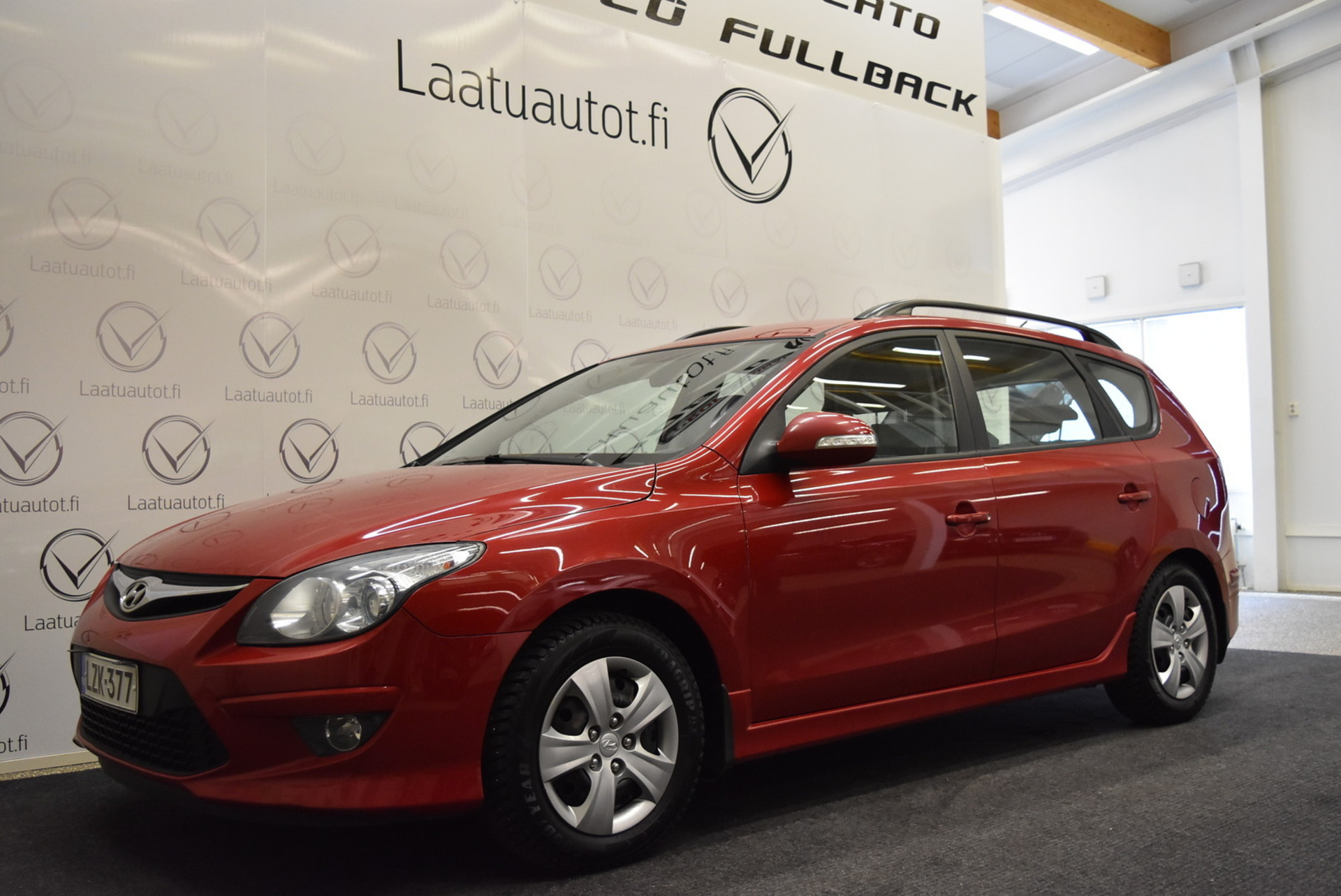HYUNDAI I30 Wagon 1, 6 CVVT 4AT Comfort - Rahoitus jopa ilman käsirahaa 1.99% korolla! Vakionopsäädin,  Koukku,  Lohkoläm!